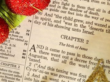 30 Christmas Bible Verses - Beautiful Scriptures & Holiday Quotes