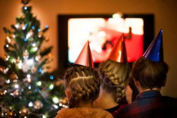 25 Feel Good Christmas Movies!